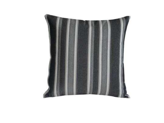 Stripet pute sort grå og hvit