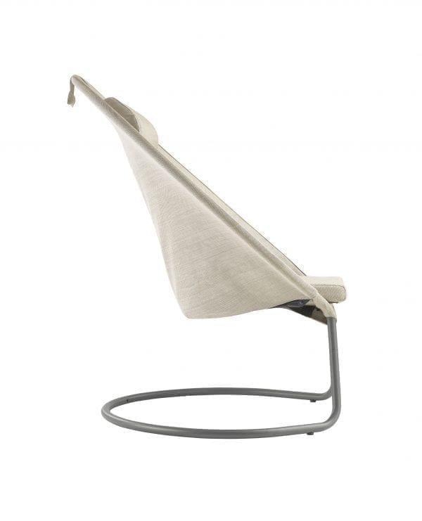 En komfortabel loungestol fra Lafuma i beige - sidebilde