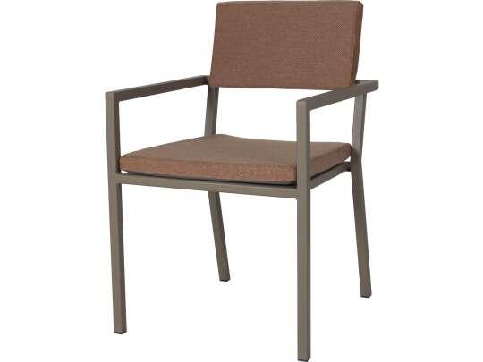 Sundays Frame spisestol i brun aluminium med brune puter