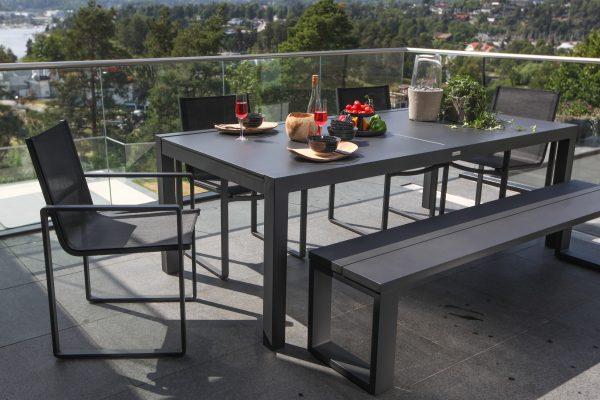 Gardenart Spisebord Med Plate 220/330 Cm Sort (100528sort) Hagemøbler og utemøbler - Fine design