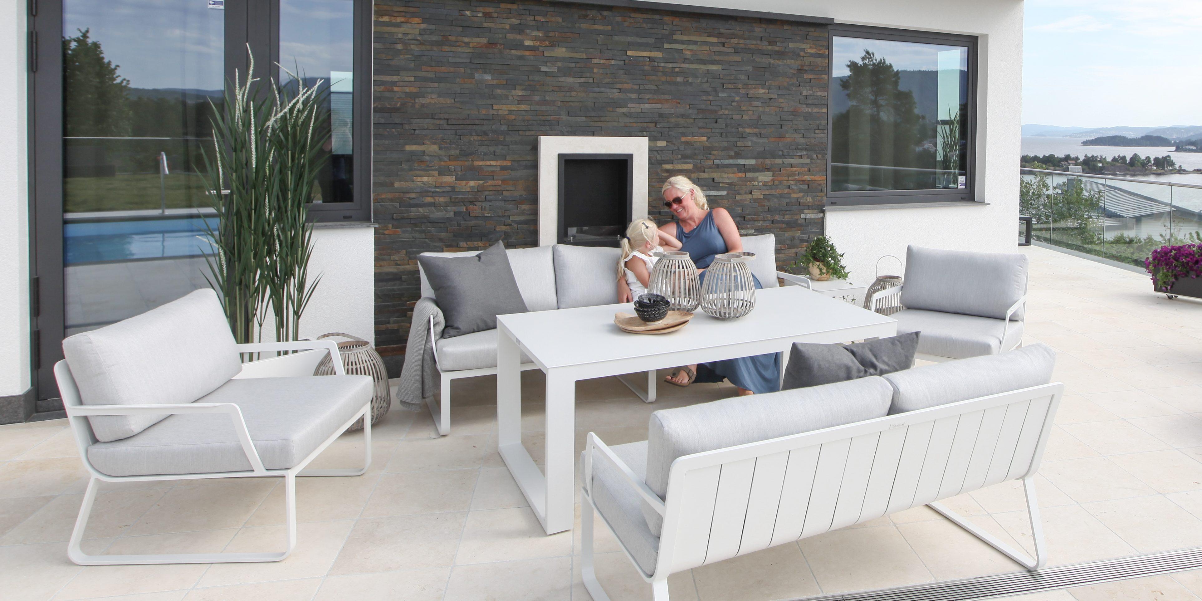 Kjempebra Gardenart hagemøbler fra Fine Design – flytt stua utendørs! TZ-38