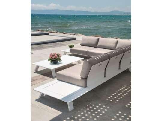Eksklusiv sofa lounge ved havet