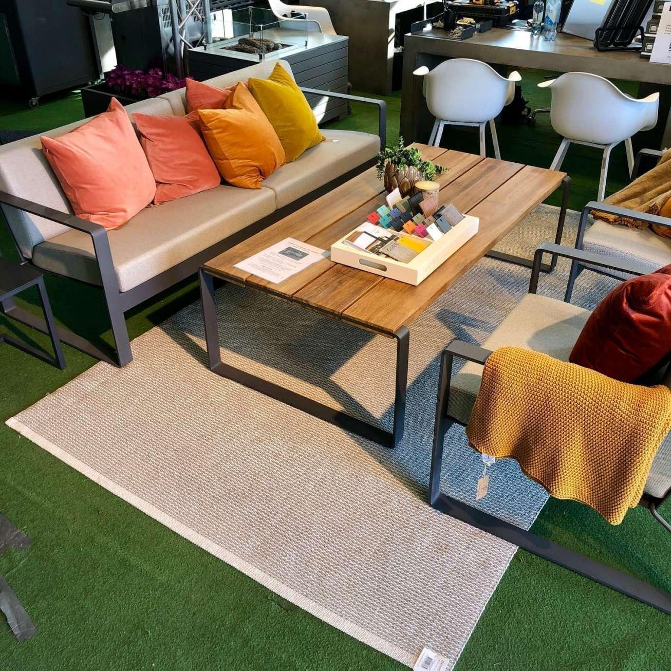 Pappelina Teppe Mono Fossil Grey/w. Grey 180×300 Cm (mn9b1830) Hagemøbler og utemøbler - Fine design