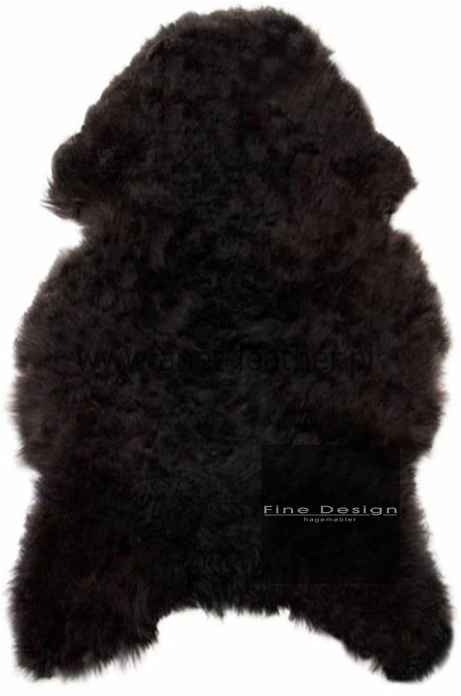 Deilig og mykt svart saueskinn fra Fine Design