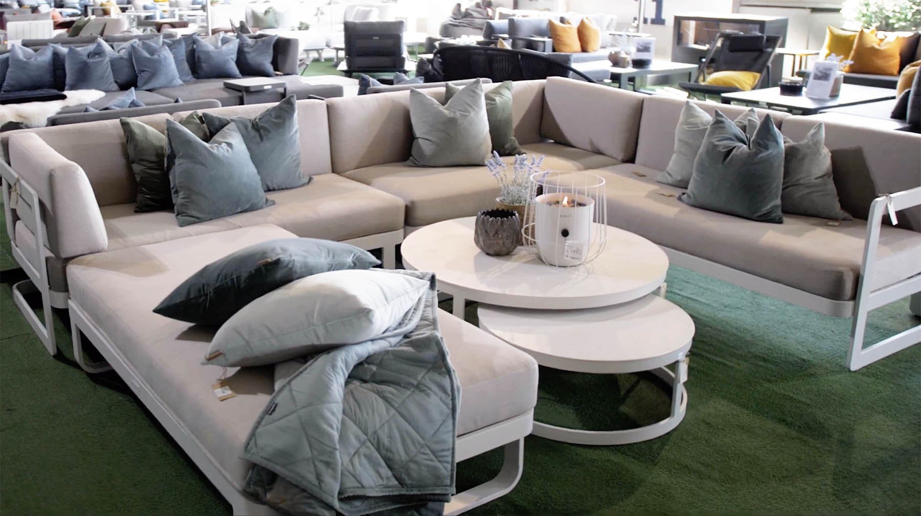 Sett-sammen-sofaen-slik-det-passer-best-hos-deg Hagemøbler og utemøbler - Fine design