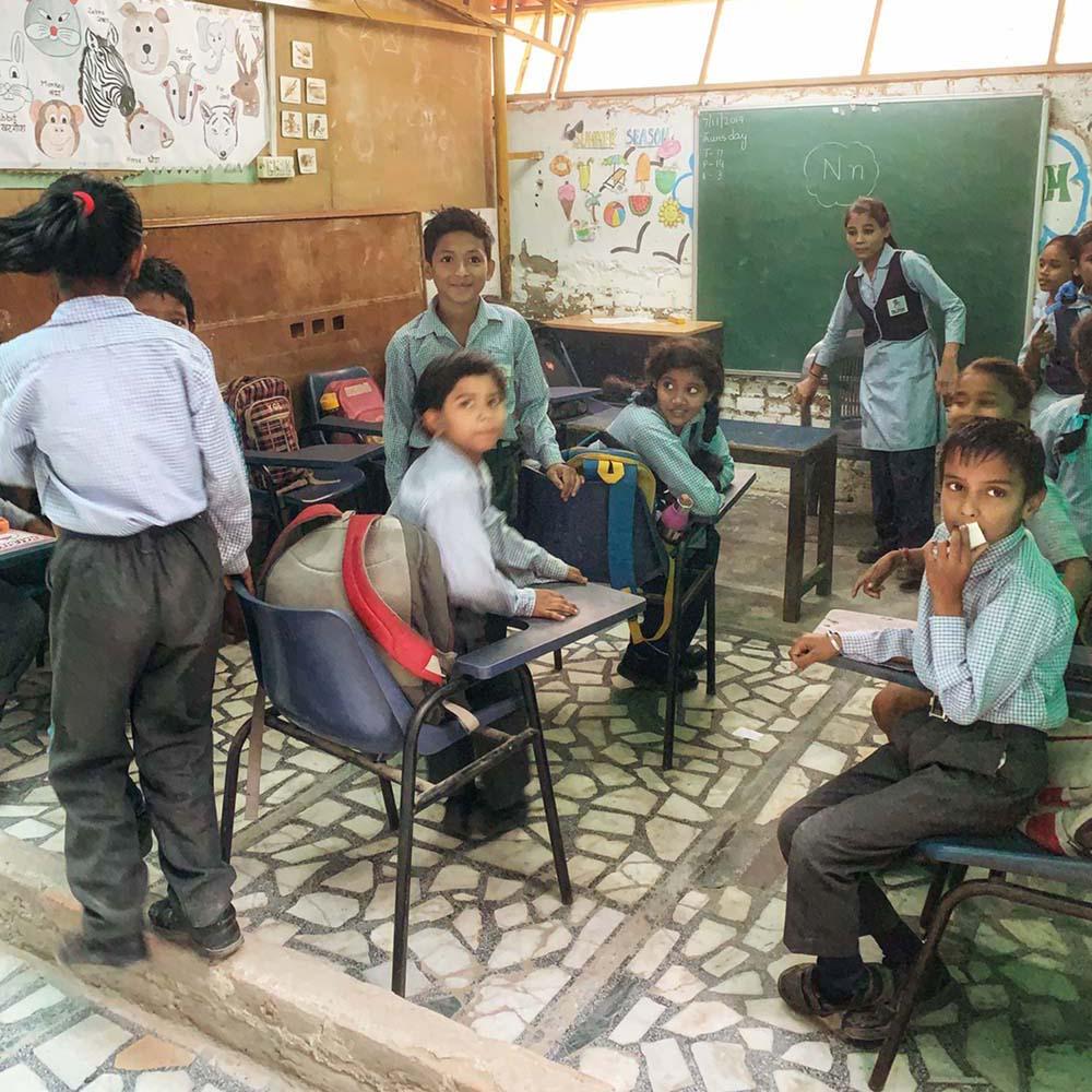 Barn-i-klasserom-house-of-good-people-india-square Hagemøbler og utemøbler - Fine design