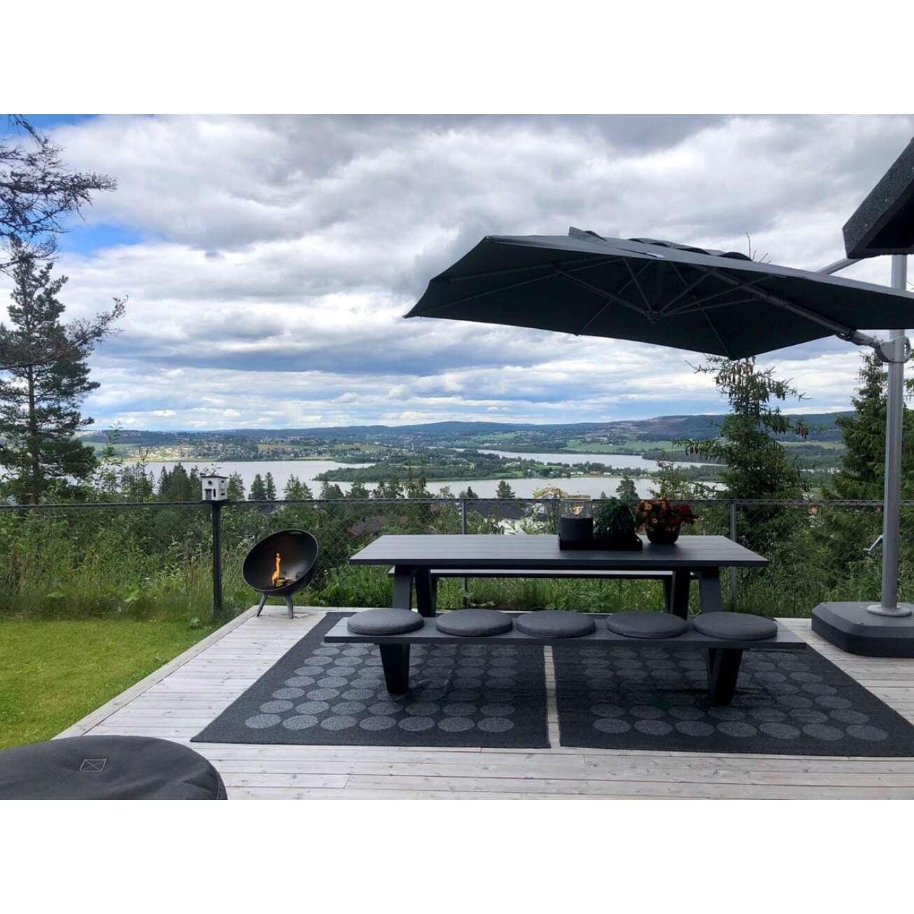 Nyhet-2021-også-i-hvit-piknikbenk Hagemøbler og utemøbler - Fine design