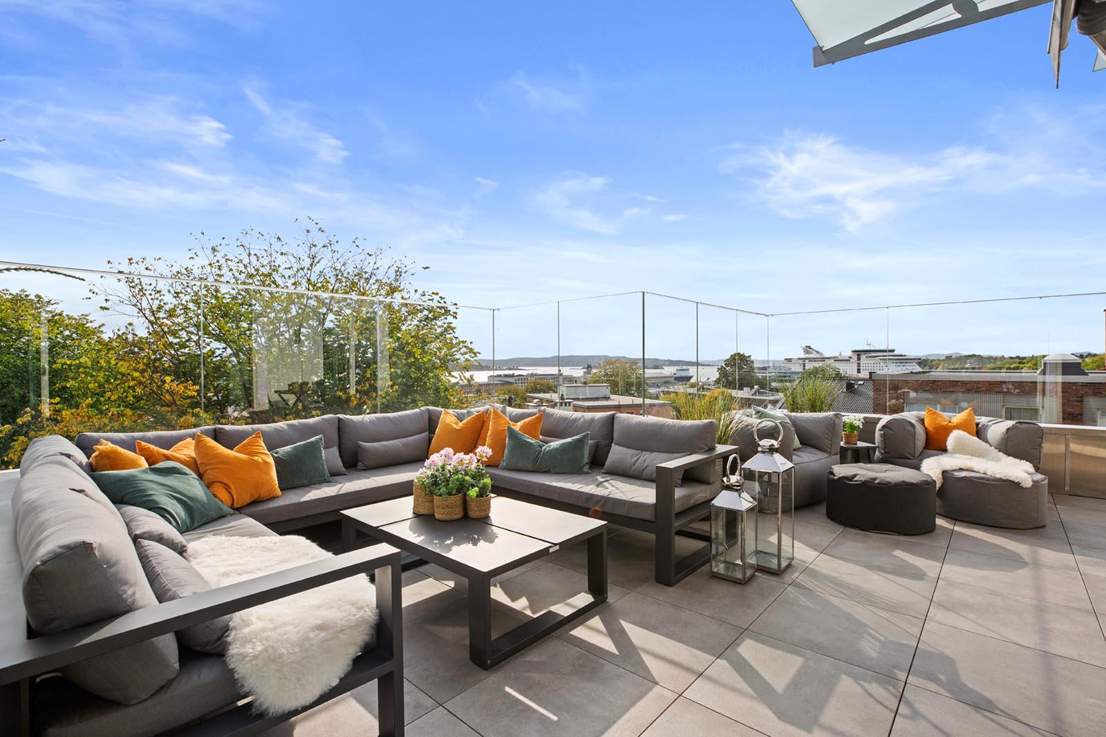 Vi-har-hagemobler-til-både-små-og-store-terrasser-copy Hagemøbler og utemøbler - Fine design