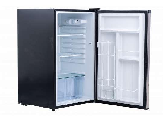Sort kjøleskap fra Bull til utendørsbruk