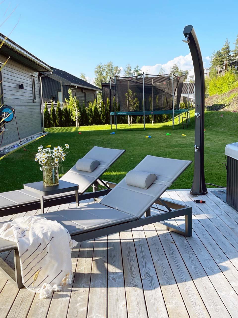 Solsenger fra Fine Design hagemøbler